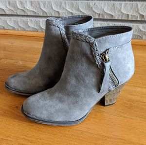 MIA Avery Gray Braided Detail Ankle Booties
